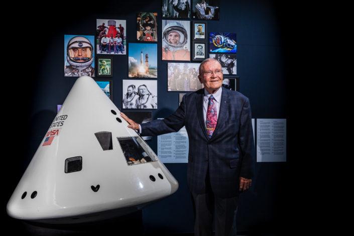 Porträt von Fred Haise, Astronaut der Apollo 13 Mission