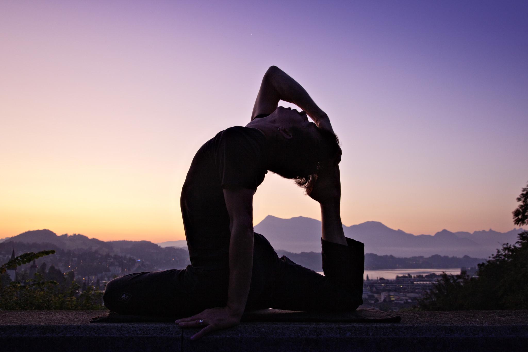 Yogapostkarte 2009